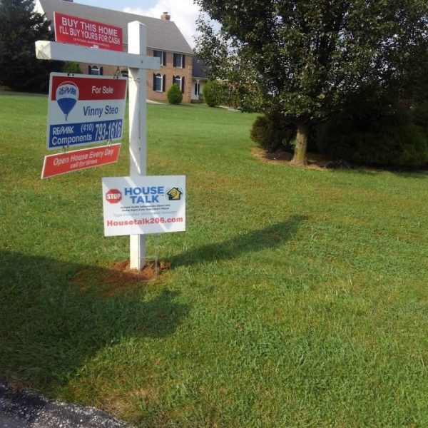 Realtor Sign on Post Setup with Rider by Sign Central, Inc.